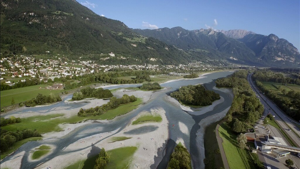 So könnte der Rhein bei Vaduz/Sevelen aussehen (©WFZ)
